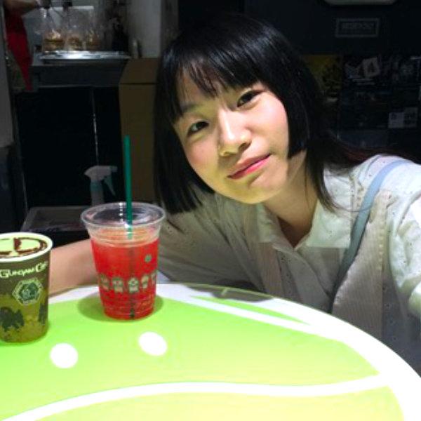 Photo of Shijing Zhou